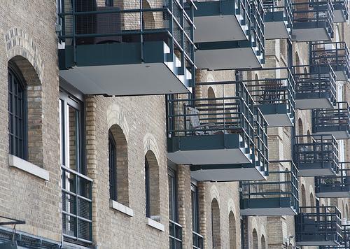 die vorteile der balkon gartenarbeit z une aus polen. Black Bedroom Furniture Sets. Home Design Ideas